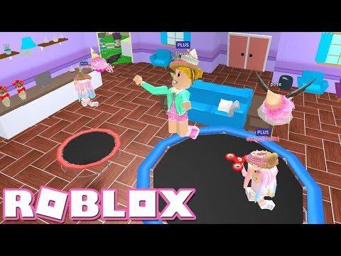 Roblox Meepcity Twins Trampolines Roblox Black Friday Meepcity Playing Meepcity With My Twins Youtube