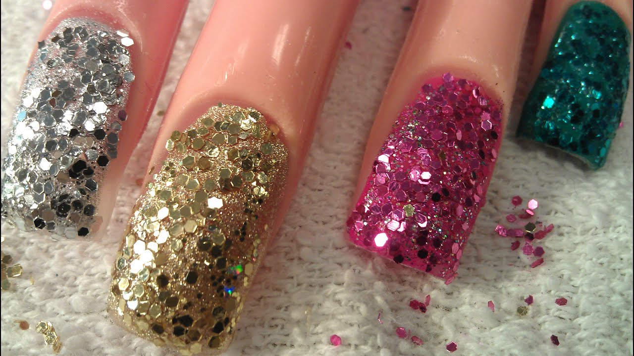 DIY TAPPING GLITTER NAILS - YouTube
