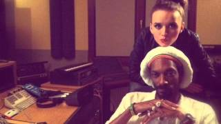 Repeat youtube video Snoop Dogg ft IZA - Brand New Start