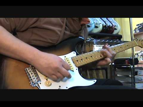 Fender Blues Jr  with Clean Sound - Demo - Blues Junior