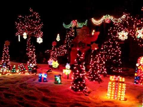 Computerised Christmas Light display in Belton - YouTube