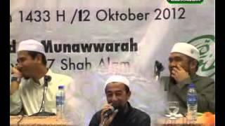 Repeat youtube video (Senyum) Ustaz Azhar TIRU Skill Bollywood Ustaz Haslin / Gangnam Style - Ustaz Azhar Idrus
