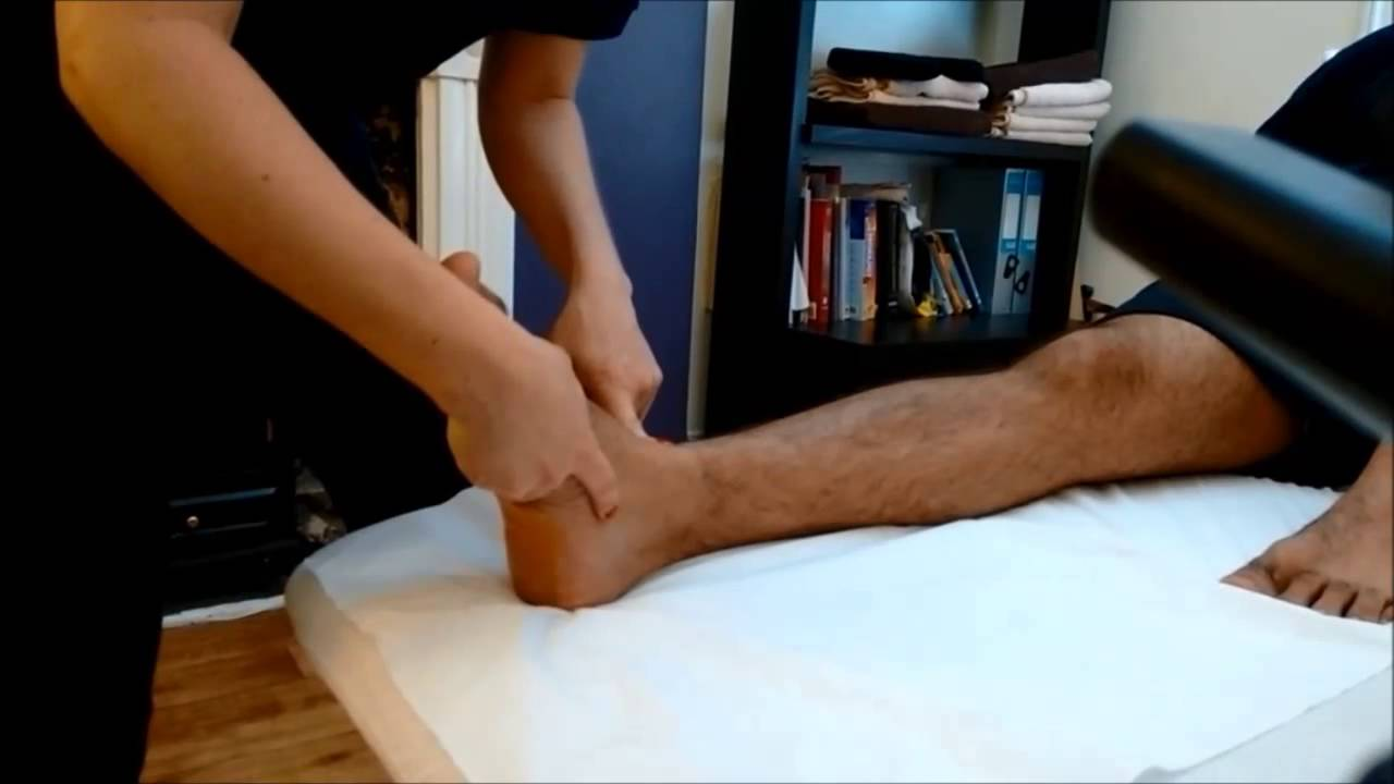 Surface Anatomy of the Foot & Ankle - YouTube
