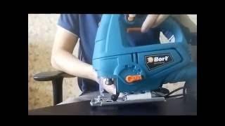 Електролобзик Bort BPS-710U-QL