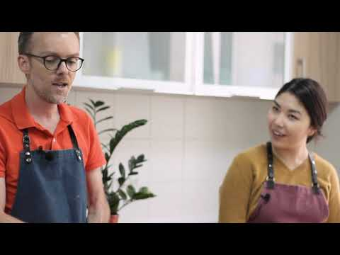 NU, pogovorim? Episode 3. Cooking Quinoa Salad with Jean-Francois Caron!