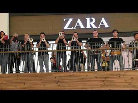 Flashmob JOSCT. XX ANIVERSARIO ENTRE CUERDAS Y METALES