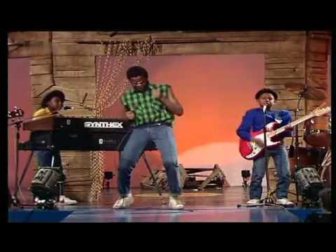 Musical Youth - Pass the Dutchy 1982