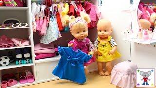 Como colocar la Ropa y Accesorios en el NUEVO ARMARIO de las Bebés NENUCO Hermanitas Traviesas thumbnail