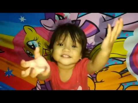 Isna & Sakinah || Bermain Boneka Sama Mba Intan