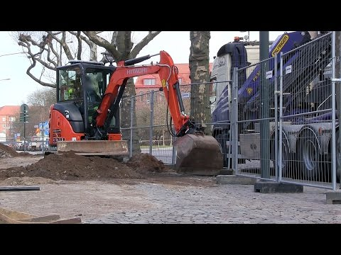 Zaxis 33U with Steelwrist X04 Tiltrotator in Action