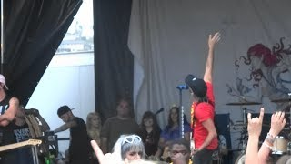 """Video All Time Low - """"Dear Maria, Count Me In"""" [Partial] (Live in San Diego 6-22-18) download MP3, 3GP, MP4, WEBM, AVI, FLV Agustus 2018"""