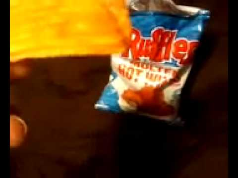 Ruffles hot wing chips review