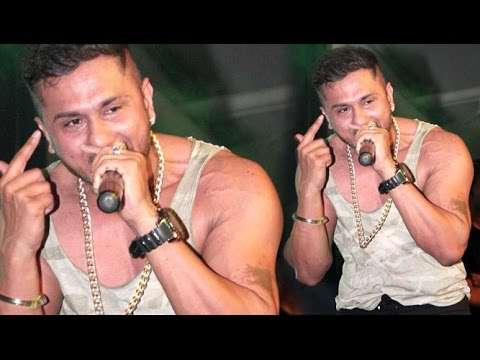 Yo Yo Honey Singh Rap LIVE