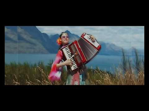 Accordion Music - Turkish March & Russian Waltz arranged by Annie Gong