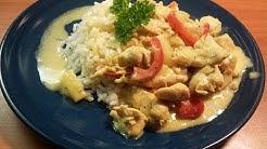 Tänään keittiöstä kookos-lime-kanakastiketta riisin kera.