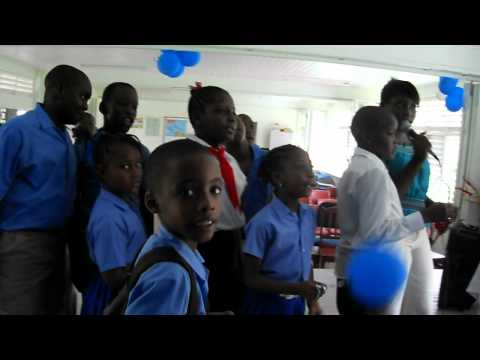 CGS students sing Adele Karaoke