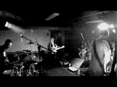 Calibre (1/2 Cover/.calibre) - by QUIET - at theQUIETtapes - Rock monsieur 2012