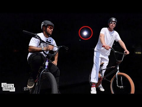 RIDING THE SKATEPARK DURING THE ECLIPSE!