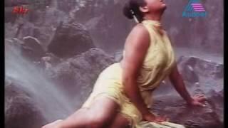Repeat youtube video Kushboo_-_wet_and_white_with_Suresh_gopi_-_mallu_movie.divx