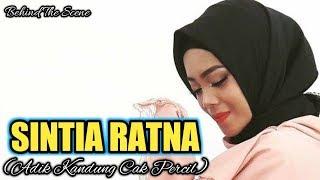Sintia Ratna (Adik Kandung Cak Percil) Lagi Make Up