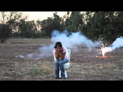 El Escusado del Desierto feat. Lupita Kimball
