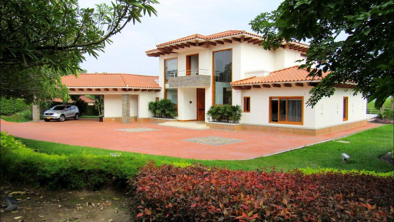 Majestuosa casa campestre en condominio campestre for Cubiertas para casas campestres