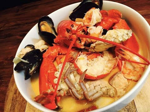 MARISCADA SEAFOOD SOUP WITH A GOURMET TOUCH