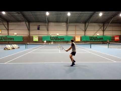 Amateur tennis match - carl vs daniel 11102017