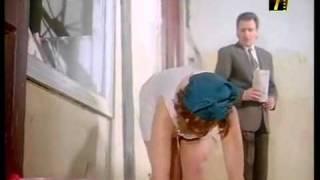 وفاء عامر بتمسح - YouTube.flv
