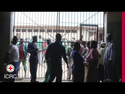 Burundi: what the ICRC does for detainees during prison visits