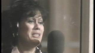 "Dame Kiri Te Kanawa sings ""A Cockeyed Optimist"" - South Pacific"