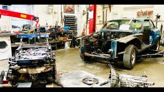 Jaguar XJC V12 manual restoration part 2. It's engine out time