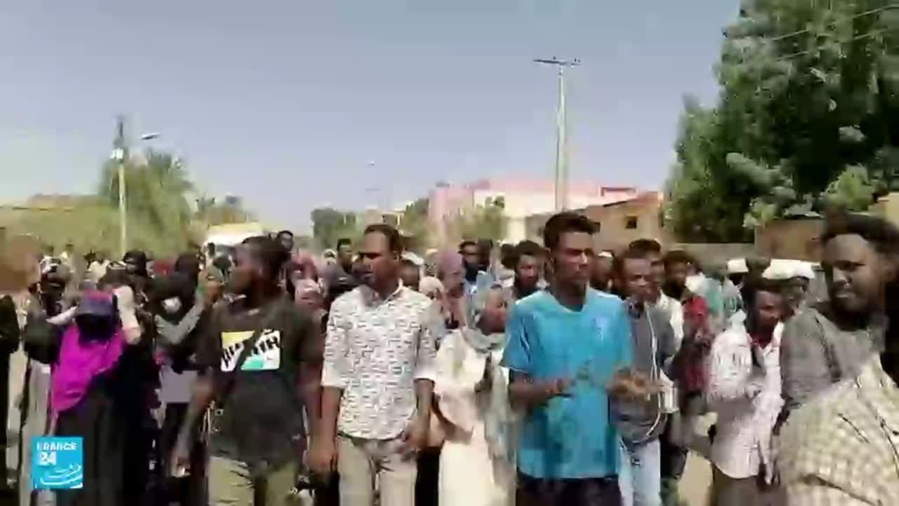 السودان.. دعوات للعصيان المدني ومواصلة الاحتجاج حتى إسقاط -الانقلاب-  - نشر قبل 59 دقيقة