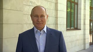 Президент призвал россиян продолжать активно тестироваться на коронавирус и вакцинироваться