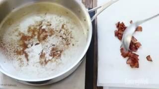 Жареная брюссельская капуста с луком и беконом