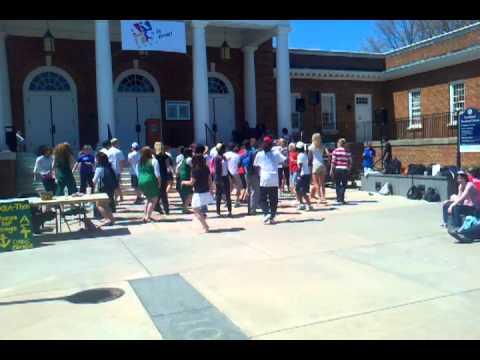 Longwood University arts is now! Line dance