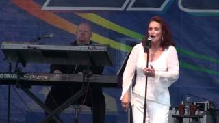 Sheena Easton - For Your Eyes Only - Market Days 2012