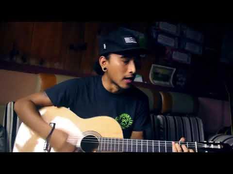 Nồng nàn cao nguyên guitar chàng trai vừa đàn vừa hát hay như ca sỹ