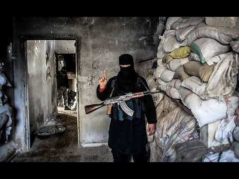 اتهامات لهيئة تحرير الشام بتورطها في قتل بعض من قيادات القاعدة  - نشر قبل 12 ساعة
