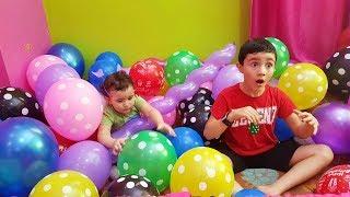 Super Celina play Balloons for kids - سوبر سيلينا وحسونة بالونات للاطفال