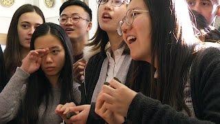 видео Які вони — китайські велетні