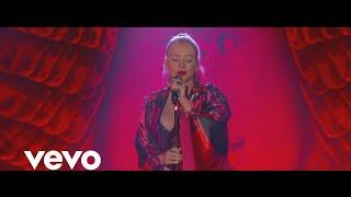 Christina Aguilera - Loyal Brave True (  Vídeo)