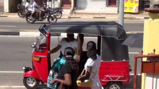 Шри Ланка, 2014  отель Chaaya Trans Hikkaduwa(Отель Chaaya Trans Hikkaduwa, рыбаки на жердочке, индуистский храм, рынок., 2014-11-08T15:20:14.000Z)