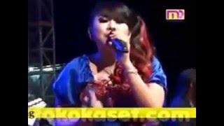 Mendem Kangen Wiwik Sagita Monata Live Sukodono 2014