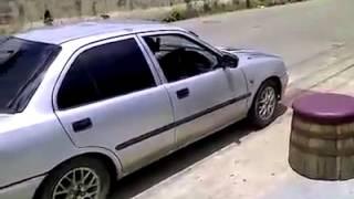 Как нужно садиться в авто