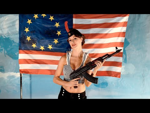 Entertainiment - EE.XX. - Videoclip Por Marcos Mesa