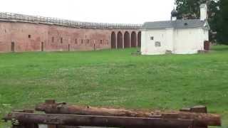Новгородский Кремль (Детинец)(Новгородский дети́нец (также Новгородский кремль) — крепость Великого Новгорода. Детинец расположен на..., 2013-07-04T17:51:29.000Z)