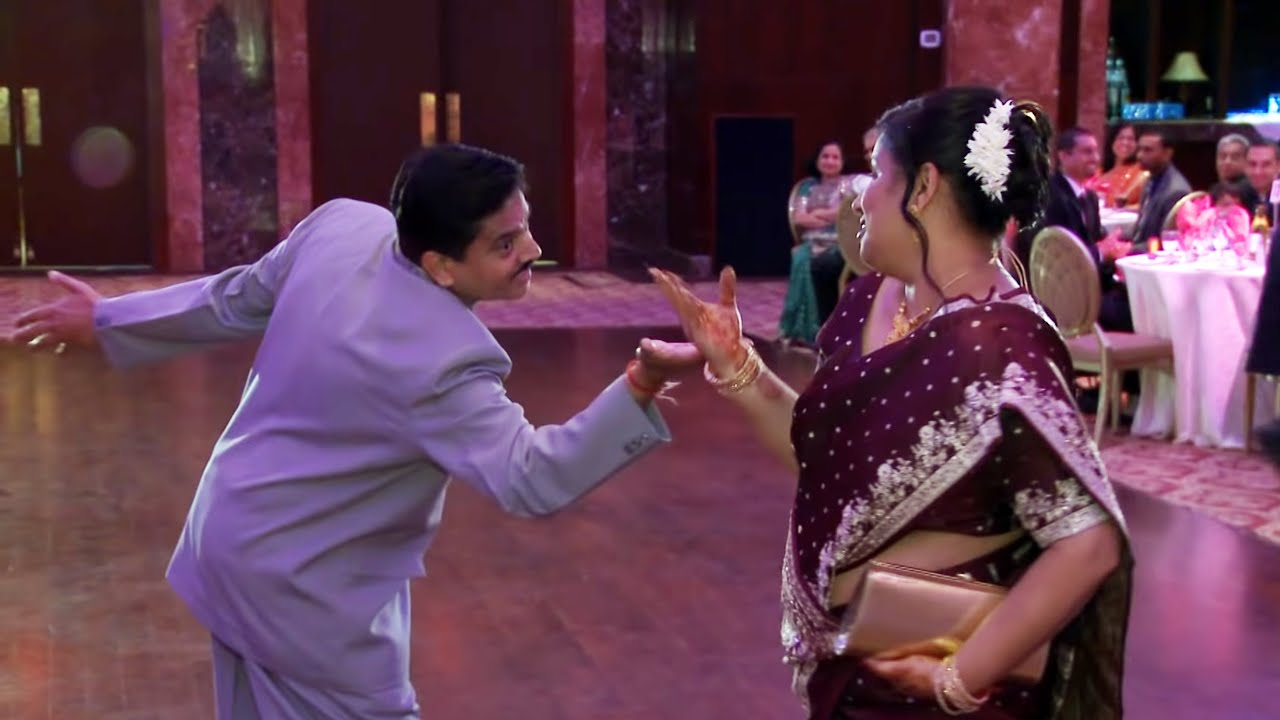 Parents Entrance at An Indian Wedding Reception ...