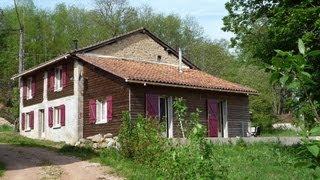 Vakantiehuis met ecologisch zwembad, in Busserolles, Dordogne. Vakantiehuis Dordogne bij Nontron.
