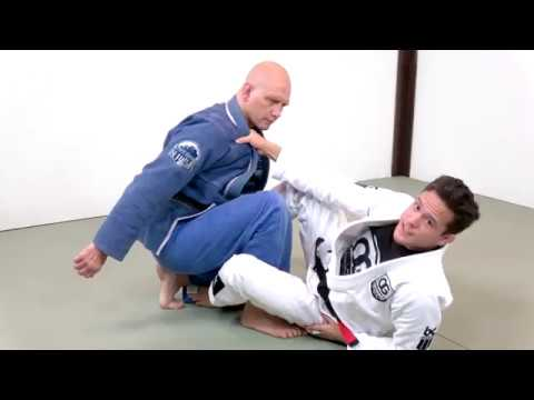 Modern Jiu-Jitsu: How to Attack Combat Base with the Berimbolo